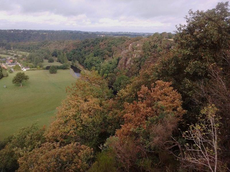 La vallée de la Vire et les Roches de Ham - Manche